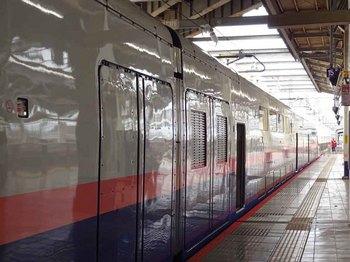 2回建て新幹線.jpg
