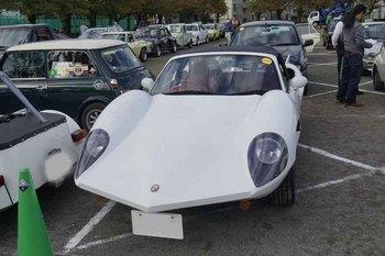 謎の車.jpg
